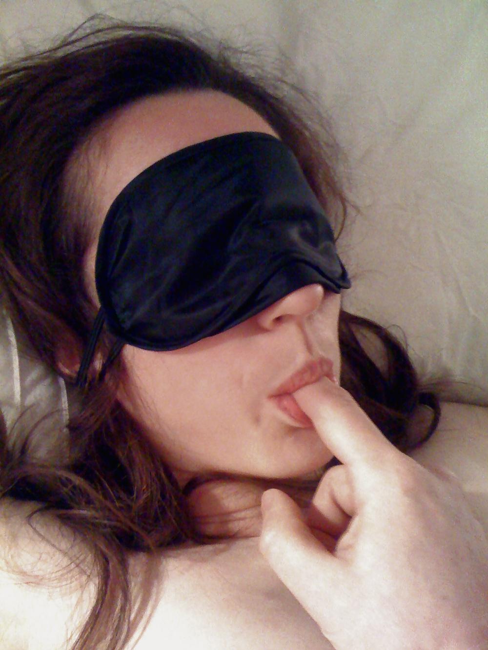 Ma femme vous attend les yeux bander pour se faire bien baiser (Saint-Genis-Laval)